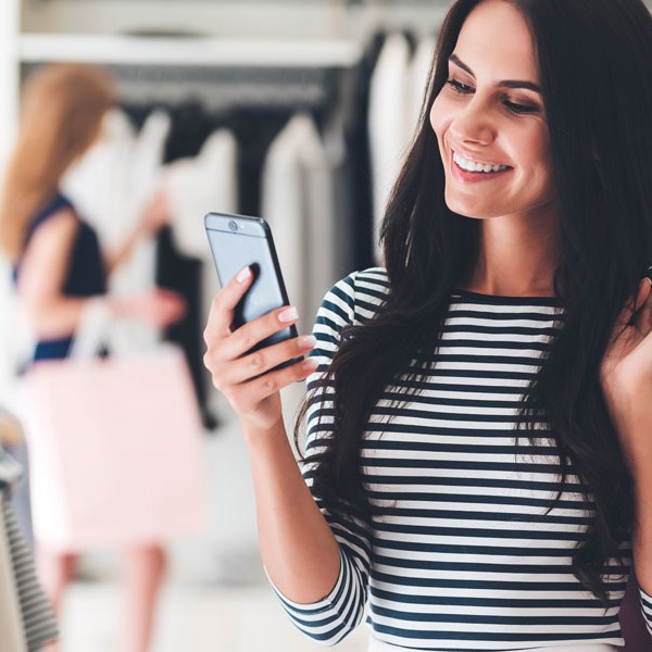 7 Ways to Connect Your Social Media Channels to Your In-Store Experience